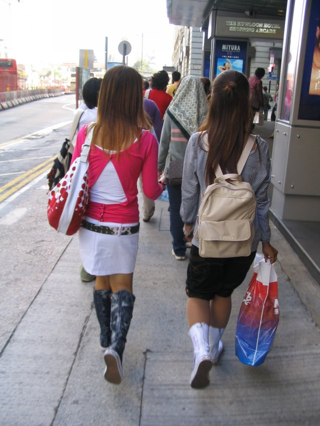 typical HK fashion2.jpg